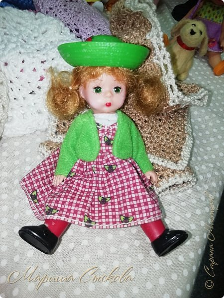 В воскресенье прошла моя вторая Выставка -Ярмарка : Планета кукол , которую я организовывала . Я со своими куколками . фото 67