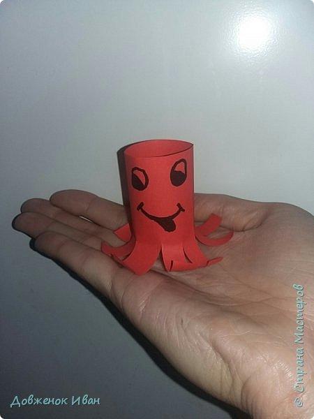 """Добрый день. Провёл мастер-класс по оригами для детей в возрасте от 3 года до 14 лет. Мероприятие называлось """"Пингвины без ангины"""".  Работы предназначены для раннего развития детей  Очень много было желающих сделать вот такое мороженное рожок.   Работы делаем по сложности изготовления 1)   фото 28"""