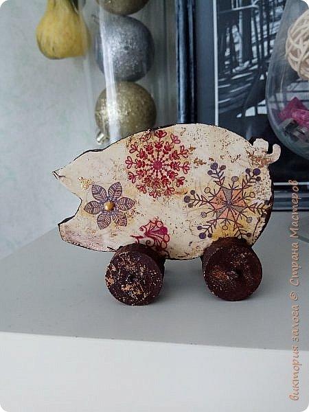 Новогодняя свинка фото 1