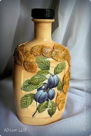 Добрый день, дорогие мастерицы! я с бутылочками для наливок домашних. Стеклянные бутылки, грунт, краска, салфетки, объемные элементы выполнены из массы для лепки Das. фото 8