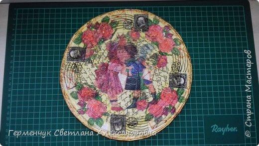 Добрый всем вечер!!!  Недавно купила   очень красивые салфетки   и решила сделать  еще одну тарелку  . фото 1