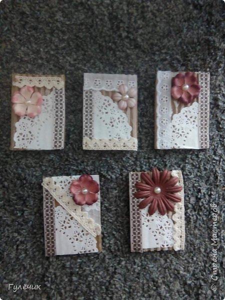 Вот такие карточки получились -просто покажу,,,, хочется вырубки или чипборд добавить - пока не купила фото 1