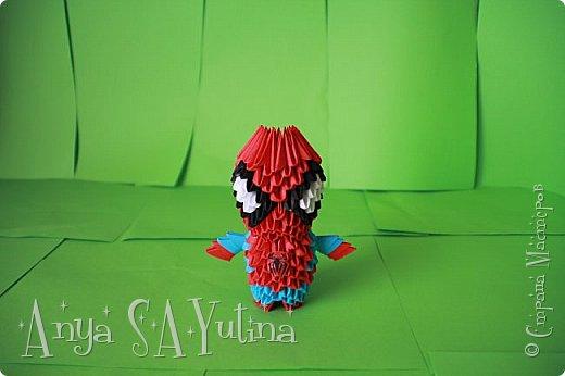 Здравствуйте) Сейчас я вам расскажу и покажу, как делать этого человека паука техникой модульное оригами. Чтобы посмотреть урок, спуститесь чуть ниже по странице:) фото 2