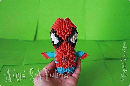Здравствуйте) Сейчас я вам расскажу и покажу, как делать этого человека паука техникой модульное оригами. Чтобы посмотреть урок, спуститесь чуть ниже по странице:) фото 1