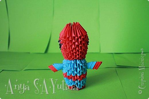 Здравствуйте) Сейчас я вам расскажу и покажу, как делать этого человека паука техникой модульное оригами. Чтобы посмотреть урок, спуститесь чуть ниже по странице:) фото 3