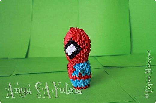 Здравствуйте) Сейчас я вам расскажу и покажу, как делать этого человека паука техникой модульное оригами. Чтобы посмотреть урок, спуститесь чуть ниже по странице:) фото 4