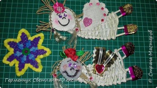 Всем добрый день !!!  Предлагаю вашему вниманию   плетеных из  трубочек бумажных  куколок  ангелочков !!! фото 9