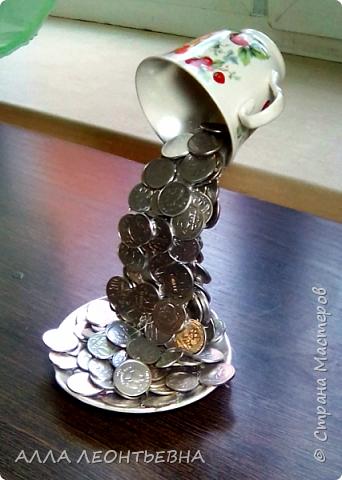 Парящая чашка – это разновидность топиария, дерева счастья и процветания.  фото 3