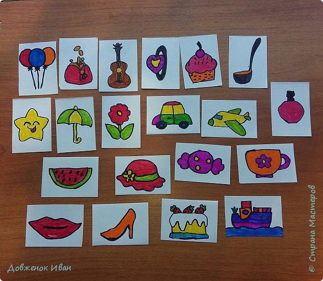 Карточки сделаны на 2 варианта их использования.   1. Для раннего развития детей. Предназначены для детей от 2,5 до 4 лет ( 5 лет ).  Суть карточек такая . Показываем ребёнку карточку, спрашиваем у него, что нарисовано, для чего это (предназначение). И расспрашиваем про цвета.    2. На день рождения.  Кладём карточки веером  на изнаночную сторону . И каждый гость приглашённый на день рождения будет, вытаскивать карточку .  Например : Карточка - конфетка , затем идёт пожелание, желает имениннице побольше сладостей в жизни и ...... ...................... И так следующий гость делает.  фото 1