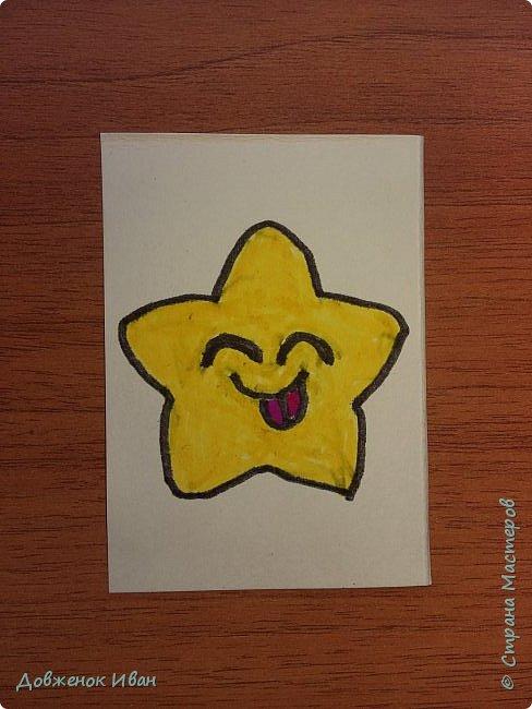 Карточки сделаны на 2 варианта их использования.   1. Для раннего развития детей. Предназначены для детей от 2,5 до 4 лет ( 5 лет ).  Суть карточек такая . Показываем ребёнку карточку, спрашиваем у него, что нарисовано, для чего это (предназначение). И расспрашиваем про цвета.    2. На день рождения.  Кладём карточки веером  на изнаночную сторону . И каждый гость приглашённый на день рождения будет, вытаскивать карточку .  Например : Карточка - конфетка , затем идёт пожелание, желает имениннице побольше сладостей в жизни и ...... ...................... И так следующий гость делает.  фото 2