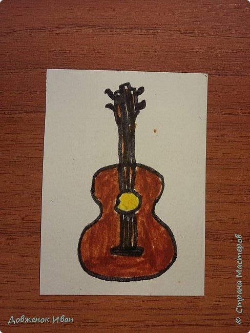 Карточки сделаны на 2 варианта их использования.   1. Для раннего развития детей. Предназначены для детей от 2,5 до 4 лет ( 5 лет ).  Суть карточек такая . Показываем ребёнку карточку, спрашиваем у него, что нарисовано, для чего это (предназначение). И расспрашиваем про цвета.    2. На день рождения.  Кладём карточки веером  на изнаночную сторону . И каждый гость приглашённый на день рождения будет, вытаскивать карточку .  Например : Карточка - конфетка , затем идёт пожелание, желает имениннице побольше сладостей в жизни и ...... ...................... И так следующий гость делает.  фото 9