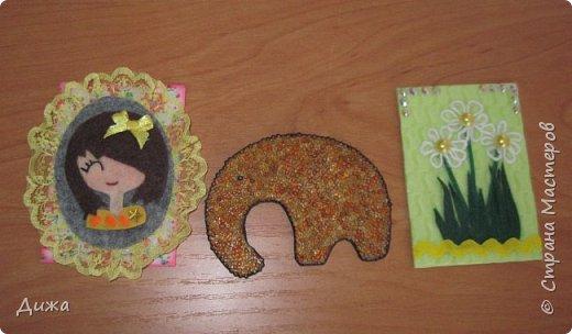 Всем приветик! И снова мы уезжали... Продолжаю показывать свои открытки :-)  Сегодня хочу вам показать двадцать третью открытку, которую я сделала для одноклассника. Он тоже любит всё морское :-) Фон нарисовала акварельными красками, приклеила нарисованные карандашами рыбки. Из бумажной салфетки смастерила водоросли.  После того как открытку сделала, решила создать и серию АТС  карточек вот здесь https://stranamasterov.ru/node/1145535. фото 16