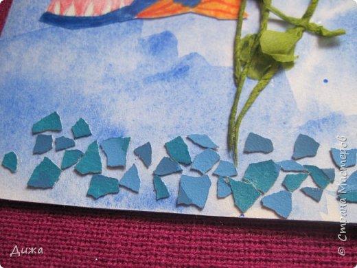 Всем приветик! И снова мы уезжали... Продолжаю показывать свои открытки :-)  Сегодня хочу вам показать двадцать третью открытку, которую я сделала для одноклассника. Он тоже любит всё морское :-) Фон нарисовала акварельными красками, приклеила нарисованные карандашами рыбки. Из бумажной салфетки смастерила водоросли.  После того как открытку сделала, решила создать и серию АТС  карточек вот здесь https://stranamasterov.ru/node/1145535. фото 6