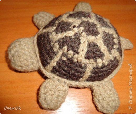 Маленькая безделушка- игольница - черепашка.