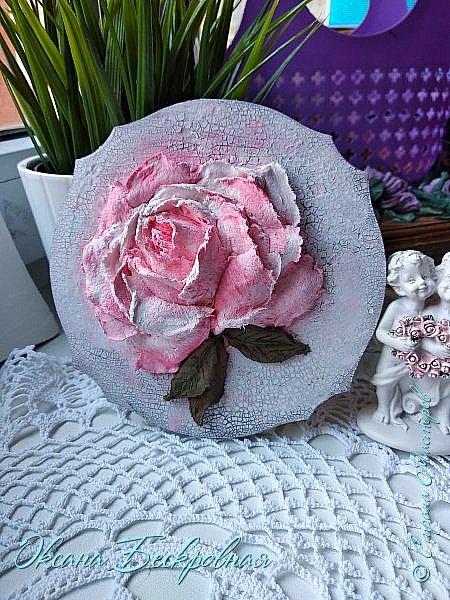 Всем доброго время суток! Сегодня, как обещала, выложу свои розы. Техника скульптурная живопись.  Панно высота 29 см. фото 11