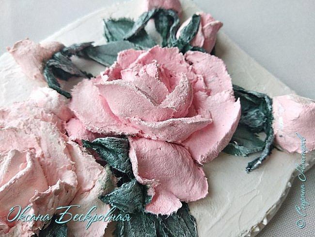 Всем доброго время суток! Сегодня, как обещала, выложу свои розы. Техника скульптурная живопись.  Панно высота 29 см. фото 14