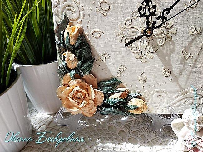 Всем доброго время суток! Сегодня, как обещала, выложу свои розы. Техника скульптурная живопись.  Панно высота 29 см. фото 7