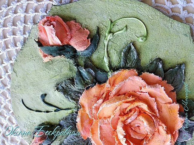 Всем доброго время суток! Сегодня, как обещала, выложу свои розы. Техника скульптурная живопись.  Панно высота 29 см. фото 17