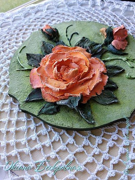 Всем доброго время суток! Сегодня, как обещала, выложу свои розы. Техника скульптурная живопись.  Панно высота 29 см. фото 18