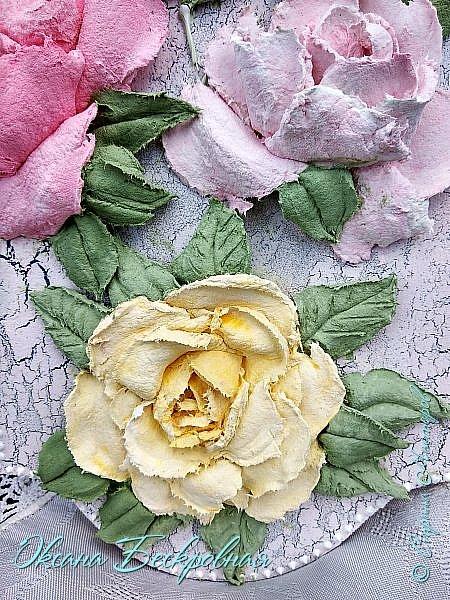 Всем доброго время суток! Сегодня, как обещала, выложу свои розы. Техника скульптурная живопись.  Панно высота 29 см. фото 27