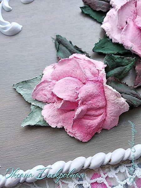 Всем доброго время суток! Сегодня, как обещала, выложу свои розы. Техника скульптурная живопись.  Панно высота 29 см. фото 22