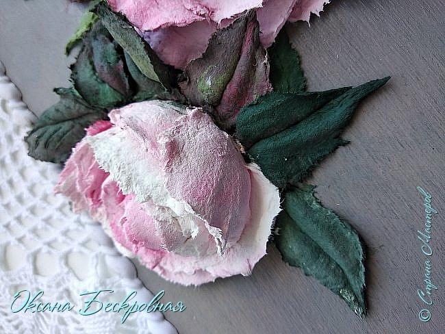 Всем доброго время суток! Сегодня, как обещала, выложу свои розы. Техника скульптурная живопись.  Панно высота 29 см. фото 23