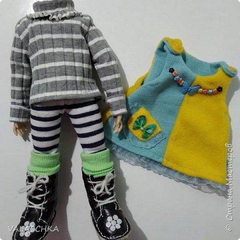 Такая куколка у меня появилась зимой. Крепление на шарнирах, вся одежда сшита мной вручную. фото 7