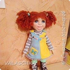 Такая куколка у меня появилась зимой. Крепление на шарнирах, вся одежда сшита мной вручную. фото 9