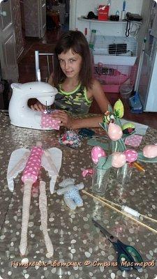 """Решила с дочками пока в отпуске начать работать над научно-исследовательским проектом. Который мы каждый год защищаем в школе. Но прежде чем его начать печатать ,нужно хоть что-то сделать. С младшей дочкой мы решили поработать над проектом """"игрушки Тильда"""". фото 5"""