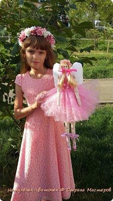 """Решила с дочками пока в отпуске начать работать над научно-исследовательским проектом. Который мы каждый год защищаем в школе. Но прежде чем его начать печатать ,нужно хоть что-то сделать. С младшей дочкой мы решили поработать над проектом """"игрушки Тильда"""". фото 8"""