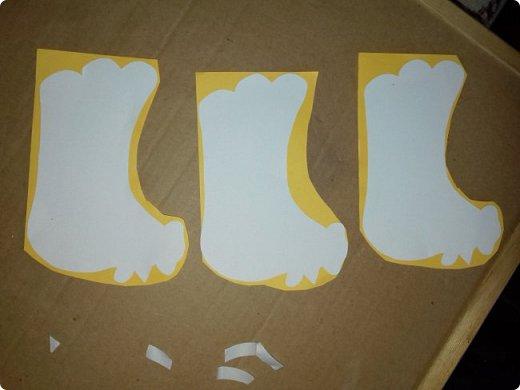 Эти курочки-корзинки я делала на Пасху детям, которые приходили к нам в гости. В середину клала крашеное яичко и конфеты. но вы можете положить что угодно. фото 2