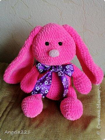 Из плюшевой пряжи получаются очень милые игрушки - они приятны на ощупь и быстро вяжутся. фото 2
