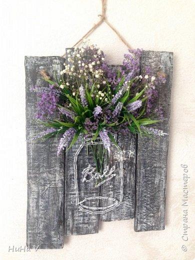 Цветы в банке фото 1