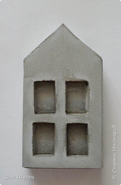 Всем привет))) Сегодня я расскажу и покажу, как сделать подсвечники из бетона в популярном стиле LOFT.  Стиль LOFT прочно удерживает лидирующие позиции по популярности на протяжении последних лет. В этом стиле часто используют бетонные аксессуары, которые не принято красить, ценится первозданная фактура.  При желании бетон можно заменить гипсом.  Приступим)))) фото 19