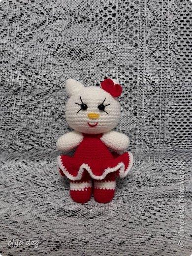 Киска Kitty