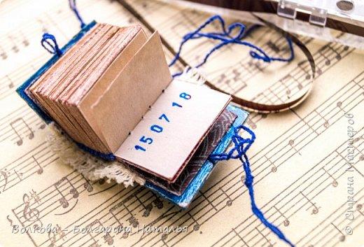 """Итак, продолжим показ сериала под названием """"микро-блокноты"""". Четвёртая серия. Фанатский сувенир для Юли Волкодав:) фото 12"""