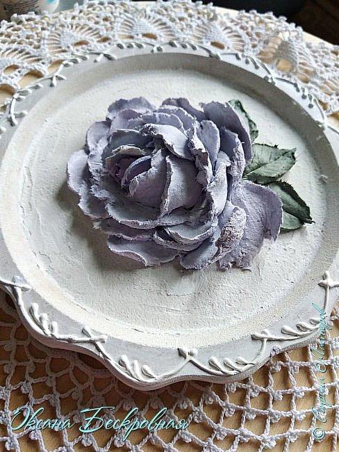 Всем привет! Сегодня выставляю розы,которые в предыдущем посте не уместились))  Техника скульптурная живопись. Т.е. рисование декоративной штукатуркой при помощи мастихина. Часы диаметр 25 см фото 8