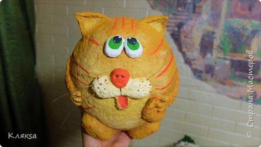 Копилка-кот из папье маше своими руками