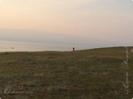 Доброго времени суток, дорогие жители Страны Мастеров! Продолжаю рассказывать о своём путешествии на Байкал. Именно здесь собираются те, кто хочет попасть на Ольхон. Это паромная переправа, которая соединяет материк и остров.  фото 9