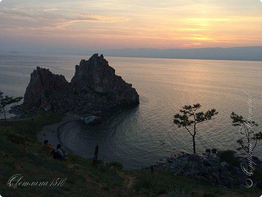 Доброго времени суток, дорогие жители Страны Мастеров! Продолжаю рассказывать о своём путешествии на Байкал. Именно здесь собираются те, кто хочет попасть на Ольхон. Это паромная переправа, которая соединяет материк и остров.  фото 12