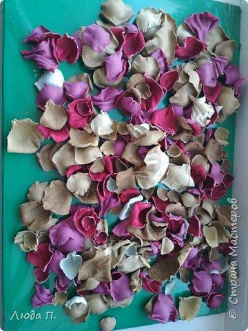 Всем здравствуйте, моя новая поделка - интерьерная композиция, букет из роз из натуральной кожи. фото 8