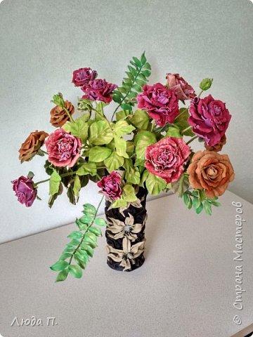 Всем здравствуйте, моя новая поделка - интерьерная композиция, букет из роз из натуральной кожи. фото 1