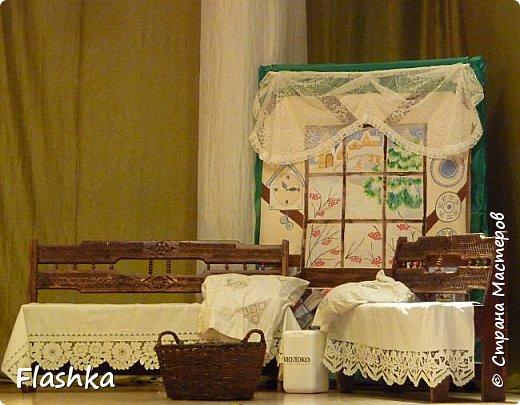 Уголок дома Тильтиль и Митиль. Панно-плакат из обоев с росписью и аппликацией.  фото 1