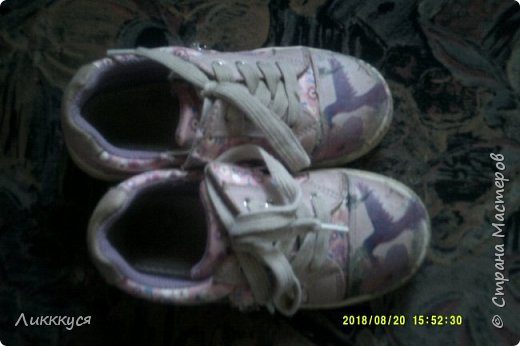 ребенок в первые же дни сбил носы у обуви. Как-то в интернете видела как реставрируют обувь. Решила попробовать  фото 4
