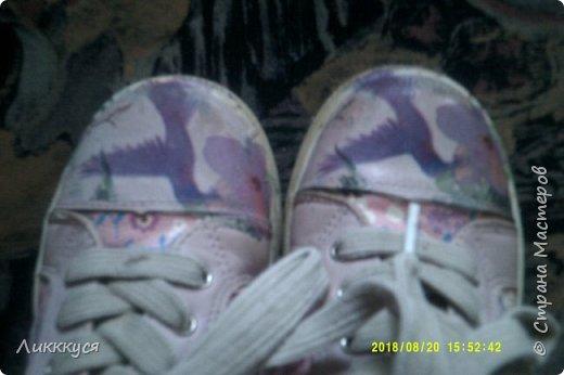 ребенок в первые же дни сбил носы у обуви. Как-то в интернете видела как реставрируют обувь. Решила попробовать  фото 5