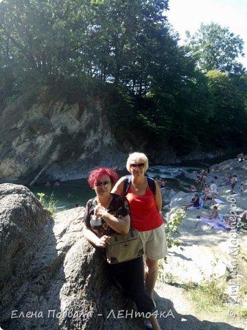 Друзья! А теперь мы с вами переместимся в потрясающе прекрасное Прикарпатское село Шешоры! Я очень люблю шешорские водопады, горные пейзажи, сельские хатки с деревянными тыночками  и лесные тропки с россыпями грибов! фото 34