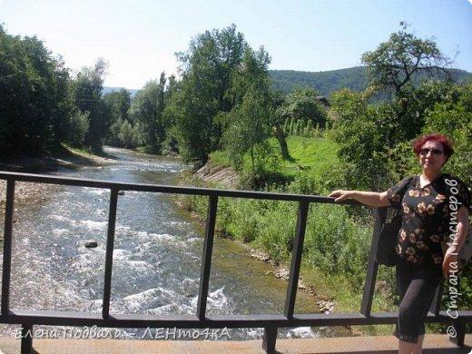 Друзья! А теперь мы с вами переместимся в потрясающе прекрасное Прикарпатское село Шешоры! Я очень люблю шешорские водопады, горные пейзажи, сельские хатки с деревянными тыночками  и лесные тропки с россыпями грибов! фото 26