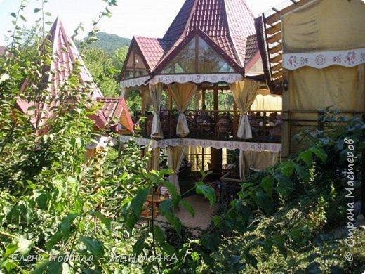 Друзья! А теперь мы с вами переместимся в потрясающе прекрасное Прикарпатское село Шешоры! Я очень люблю шешорские водопады, горные пейзажи, сельские хатки с деревянными тыночками  и лесные тропки с россыпями грибов! фото 28