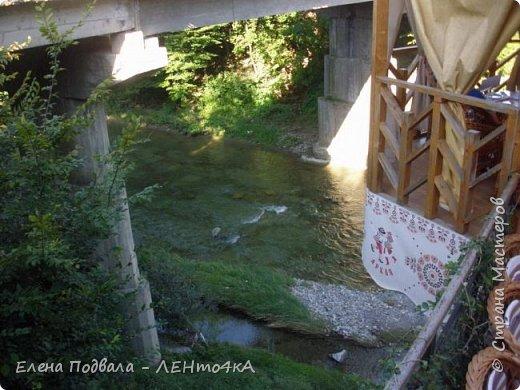 Друзья! А теперь мы с вами переместимся в потрясающе прекрасное Прикарпатское село Шешоры! Я очень люблю шешорские водопады, горные пейзажи, сельские хатки с деревянными тыночками  и лесные тропки с россыпями грибов! фото 42