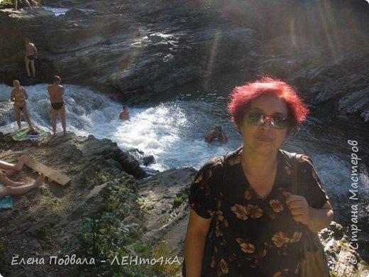 Друзья! А теперь мы с вами переместимся в потрясающе прекрасное Прикарпатское село Шешоры! Я очень люблю шешорские водопады, горные пейзажи, сельские хатки с деревянными тыночками  и лесные тропки с россыпями грибов! фото 35